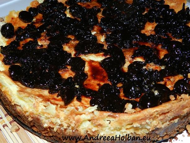 cheesecake cu blat crocant si dulceata de visine