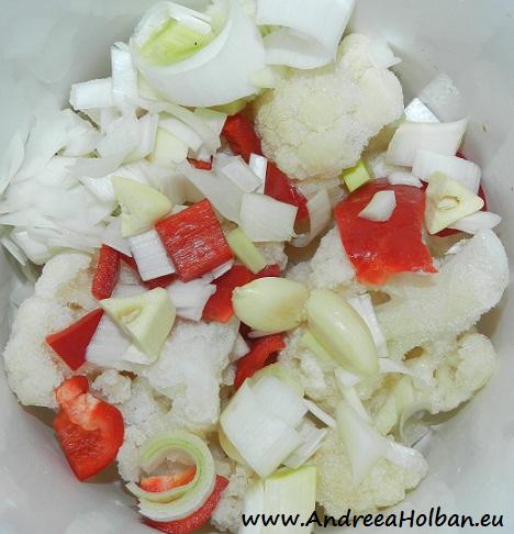 Supa-crema de conopida cu ardei capia, praz si usturoi (dupa 10 luni)