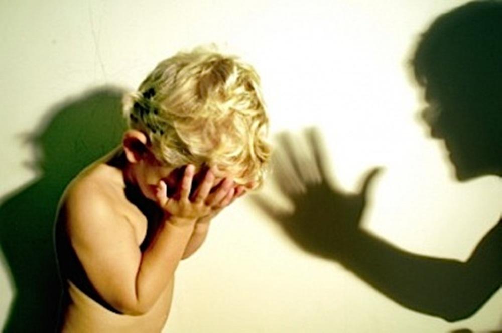 stop bataie si abuz copii