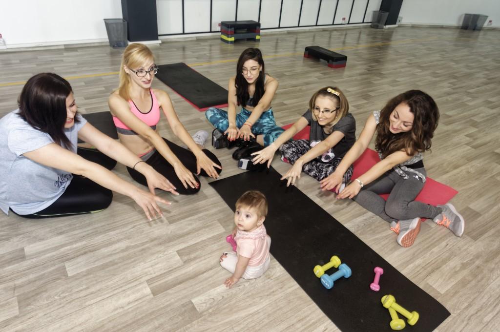 5 fete cucuiete la dietis iasi